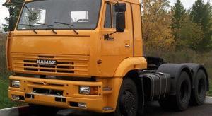 КамАЗ-65116 лобовое стекло