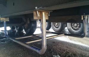 Как вручную сделать корзину для запасного колеса полуприцепа